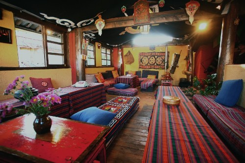 Nomad Guesthouse and Cafe